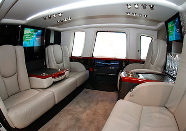Charter this Silkorsky 76