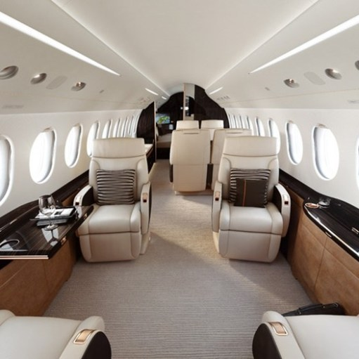 Fly Father & Achieve more with the Dassault Falcon 8X!