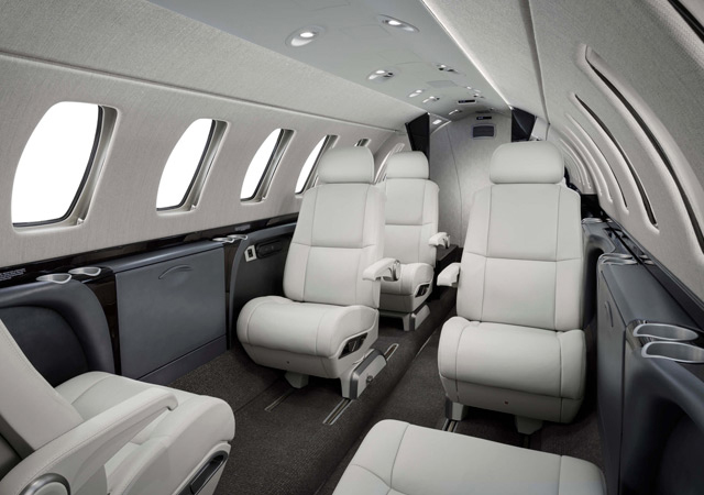 Fly private on a CJ3