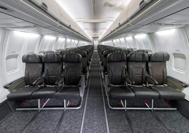 Boeing 737-700BBJ