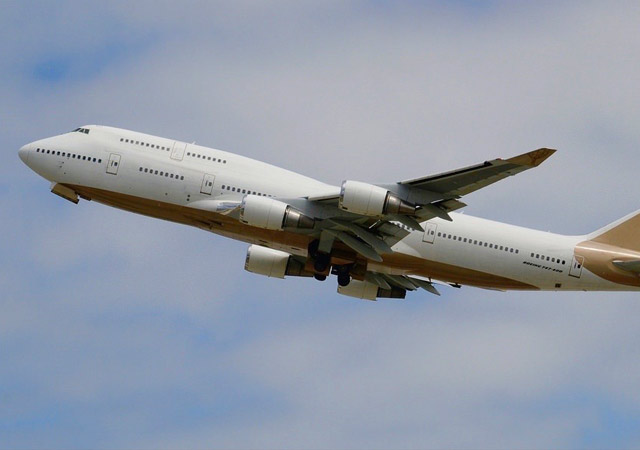 Boeing 747-400 Specialty
