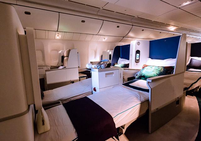 Boeing B777-200ER-BBJ7
