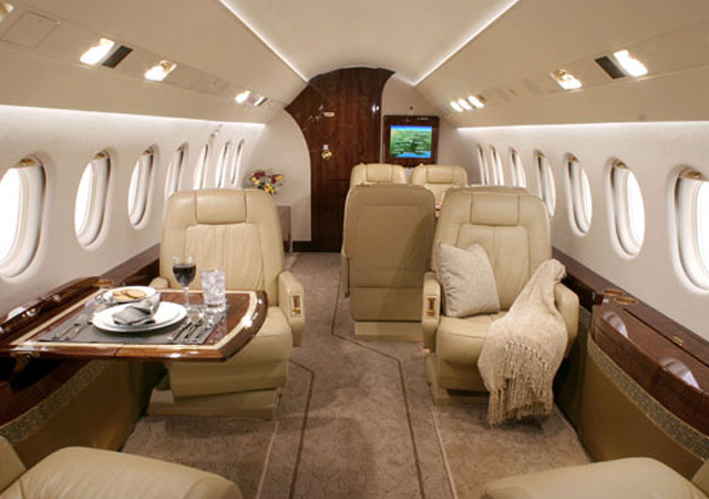 Fly private on Falcon 2000