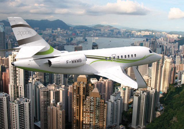 Large cabin Falcon 2000 jet