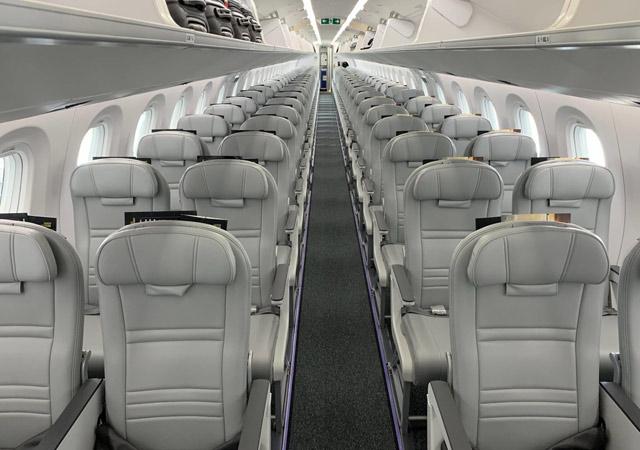 Embraer 195E2 interior