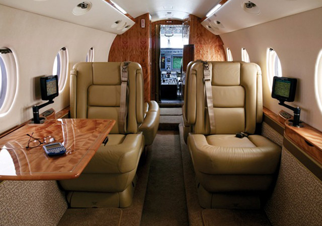 Fly private on a G150
