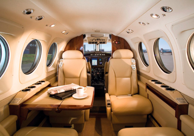 Private charter a King Air 90