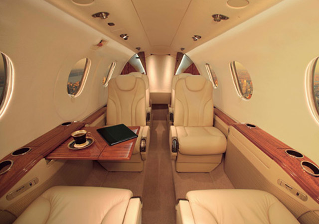 Book King Air turbo prop plane