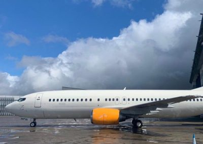 Boeing 737- 400 Specialty